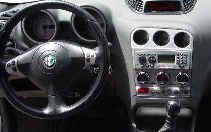 Alfa Romeo 156 2005г 2,4бензин серебро седан